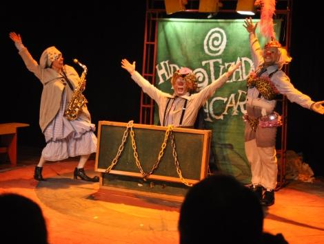 O Hipnotizador de Jacarés - CRÉDITO DILMAR MESSIAS (1)
